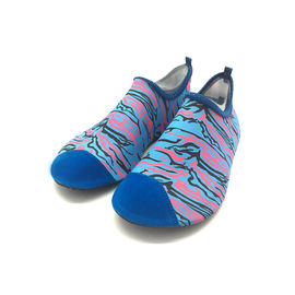 China Athletic Wet Beach And Swim Shoes Walking Swimming Pool Footwear Heat Transfer Print supplier