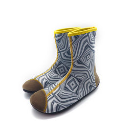 China 2mm Eco - Friendly Neoprene Water Boots Protectove Toe Design Antiskid Sole factory