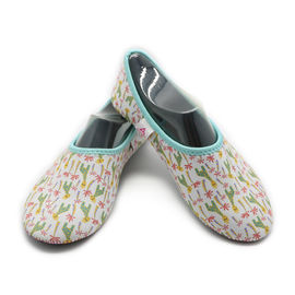 China Washable Hotel Room Slippers Comfortable Neoprene Slip On Shoes EVA Sole factory