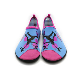 China Lycra Upper Foldable Slip On Water Shoes / Swimming Aqua Skin Shoes factory